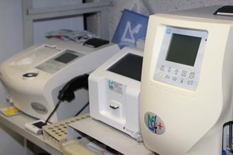 Laboratoire d'analyses, clinique vétérinaire des iles
